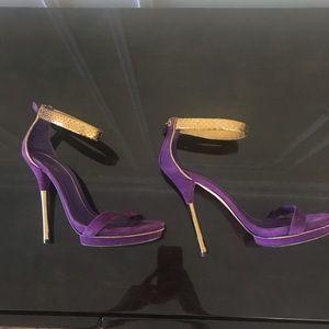 Gucci Suede python heels